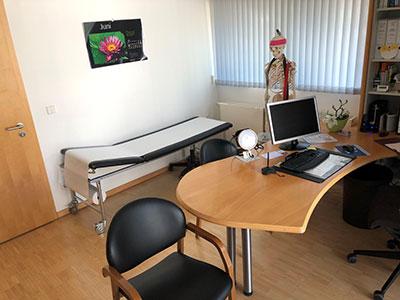 Praxis_Eckert_Behandlungszimmer2_vorschau